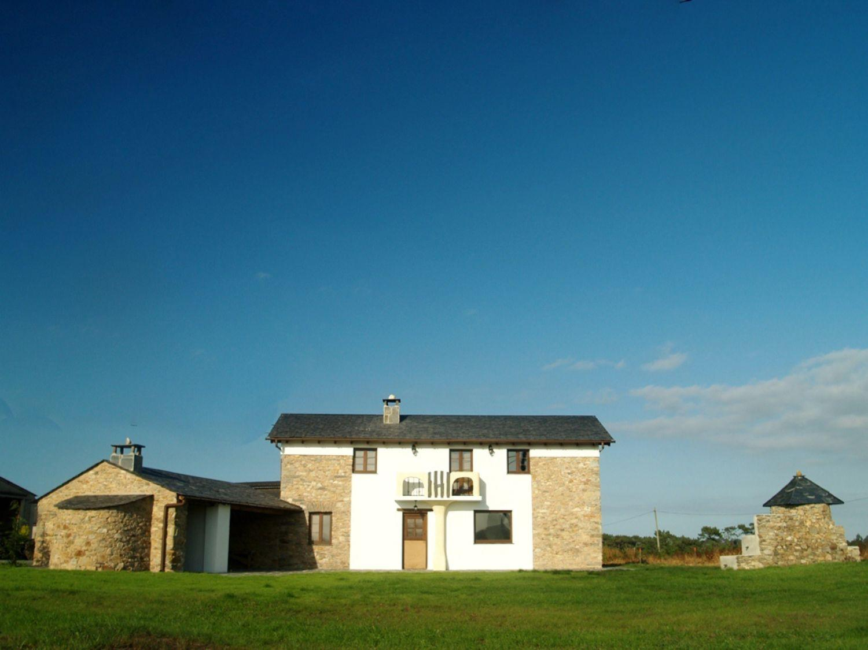 House for sale in Coaña
